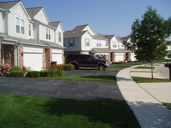 Image: Residential Driveways With Coal-Tar-Based Sealcoat